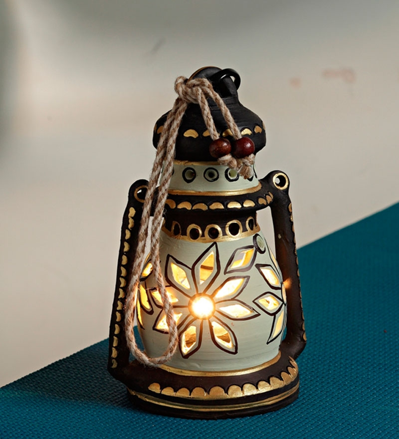 Lanterns: Using Light as Art for Home Décor