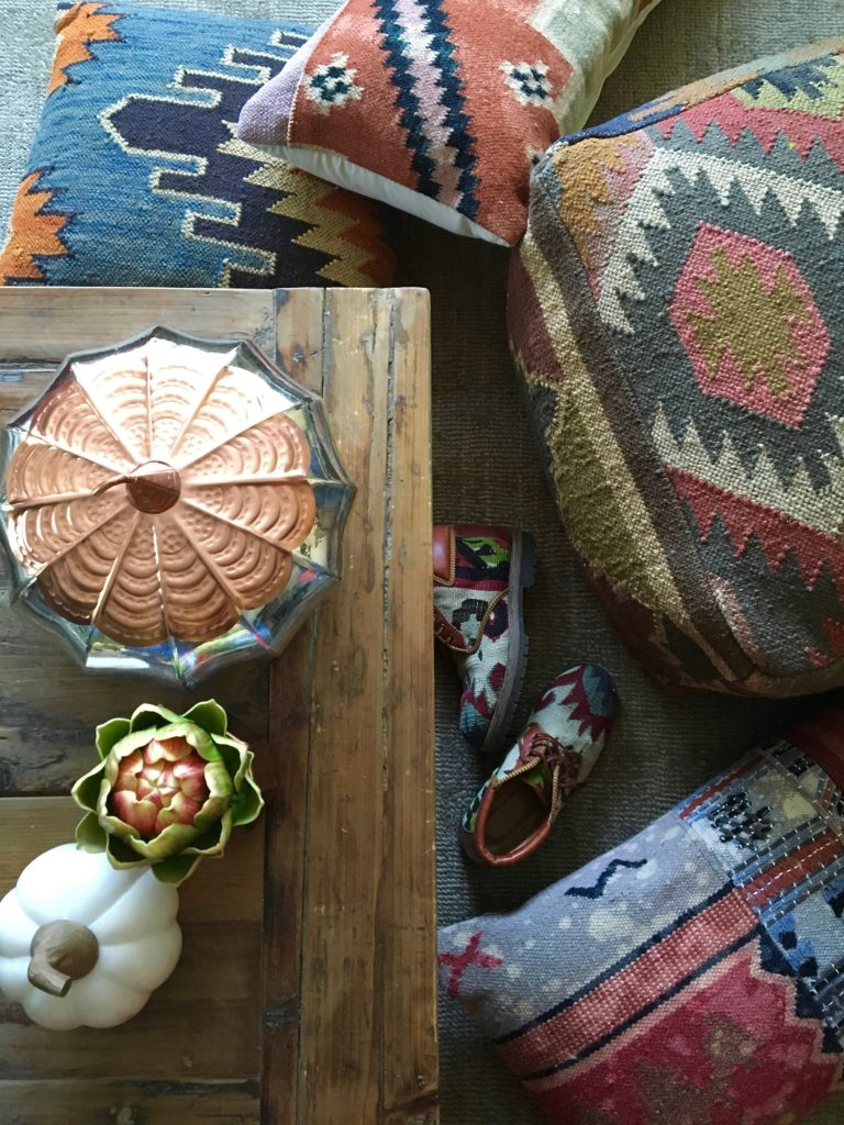 tapestry_pillows-Poufs-Fall_-deocr_HomeGoods_rustic_decorating_textures_pumpkins_copper_home-768x1024