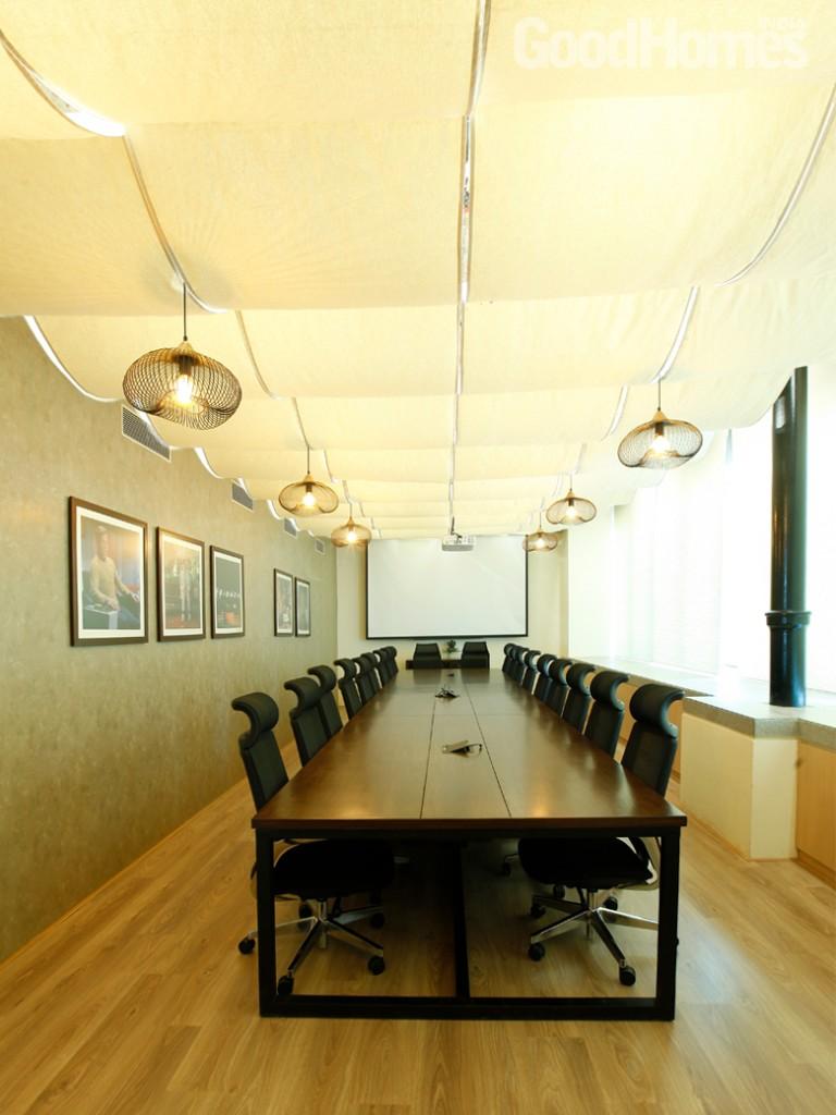 boardroom1525693750